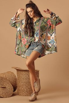 Many more like this can be found at the website! Give it a look for what we pick best for each category!Large Green Print Shirt - What& New Bohemian Tops, Stylish Dress Designs, Stylish Dresses, Camisa Boho, Boho Chic, Boho Fashion, Fashion Outfits, Tunic Designs, Kimono Design