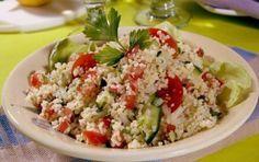 Ταμπουλέ - iCookGreek Greek Recipes, Desert Recipes, My Recipes, Recipies, Tasty, Yummy Food, Appetisers, Queso, Fried Rice