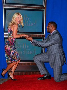I do...want to be your cohost! Kelly Ripa gets a proposal from new Live! partner Michael Strahan. http://www.people.com/people/gallery/0,,20626835,00.html#21208396