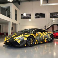 Lamborghini Huracan painted in Giallo Midas w/ a Satin Grey & Black camo wrap Photo taken by: @ferraghini_performance_cars on Instagram #luxurylifelujos