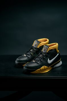 more photos f96a8 ec6d3 Nike Zoom Kobe 1 Protro - EUKicks.com Sneaker Magazine Adidas Basketball  Shoes, Wsu