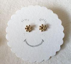 Pendientes 'mini flor bolitas' by Sue Ibars   joyas para siempre !