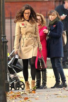 Pippa Middleton Photo - Pippa Middleton Strolls Around London
