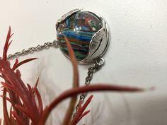 Sono felice di condividere l'ultimo arrivato nel mio negozio #etsy: Ciondolo gemma incastonata nelle foglie in Argento e diaspro oceanico http://etsy.me/2jHCT0J #gioielli #collane #blu #moschettone #argento #si #donne #no #arcobaleno