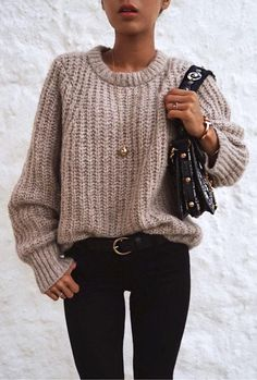 Newest Warm and Comfy, Cozy Outfit Ideas picture. Cozy Winter Outfits, Warm Outfits, Trendy Outfits, Fashion Outfits, Outfit Winter, Fashion Clothes, Fall Outfits 2018, Cute Fall Outfits, Loose Sweater