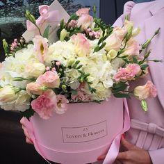 204 отметок «Нравится», 6 комментариев — LOVERS & FLOWERS (@loversandflowers) в Instagram: «Желаем приятных выходных и радуем ваш взгляд нашим нежным букетом из гортензии, эустомы и фрезии в…»