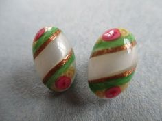 EXQUISITE TINY ANTIQUE VINTAGE GLASS BUTTONS HAND PAINTED FLOWERS & GLITTER noelhumphrey on eBay.co.uk