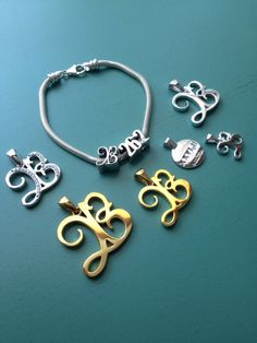 Endure Jewelry to commemorate the Boston Marathon @endurejewelry #endurejewelry #running #gifts