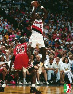 Clyde Drexler gets off a jumper over the GOAT during the 92 Finals in Portland. Basketball Pictures, Sports Basketball, Clyde Drexler, Sports Images, Nba Players, Michael Jordan, Legends, 1990s, Goat