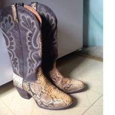 REDUCED!   Vintage J. Chisholm Dark Brown Leather and Exotic Snakeskin Women's Extra Fancy Western Cowboy Boots tall, and sexy pair of J. Chisholm dark brown, whip stitched leather and exotic python skin  western cowboy boots.  Note: these stunning Chisholm boots were handcrafted in the USA.  Overall vintage condition, is NEAR MINT!  Worn just twice. The python skin portions of both boots are soft and supple with no issues.