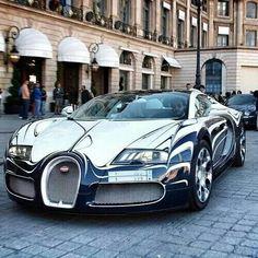 Bugatti Veyron | Via LadyLuxury