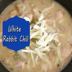 Rabbit Chili White Rabbit Chili is on the menu tonight! We love chili all year long. This creamy white chili version is a keeper!White Rabbit Chili is on the menu tonight! We love chili all year long. This creamy white chili version is a keeper! Wild Game Recipes, Chili Recipes, Meat Recipes, Cooker Recipes, Healthy Recipes, Rabbit Dishes, Rabbit Stew, Rabbit Food, Roast Rabbit