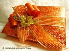 . Christmas Gift Box, Christmas Gift Wrapping, Gold Christmas, Christmas Colors, Christmas Decorations, Christmas Collage, Christmas Presents, Christmas Ideas, Creative Gifts