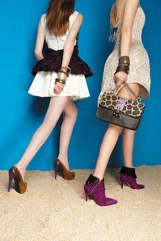 """Chi veste le modelle del nuovo catalogo  autunno/inverno 2013/2014 di @ISLO SHOES ? Mara Sanzone con gli abiti di """"Ophelia's Dream""""!"""