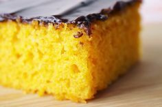 Receita: O melhor bolo de cenoura do mundo! » Blog Verdade Feminina Cornbread, Sim, Best Carrot Cake, Ham And Cheese, Box Lunches, Telephone, Creative, World, Gastronomia