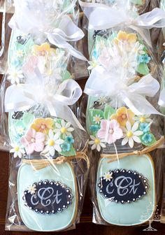 Mason Jar Decorated Cookies With Fondant Flowers