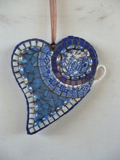 MOSAIC heART in blue and white Willow plate.