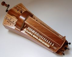odd musical instrument | Ladies and gentlemen.....The Hurdy-gurdy AKA the crank fiddle