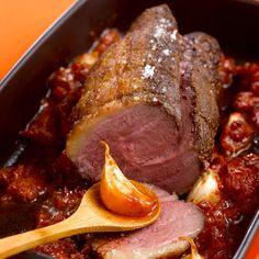 Découvrez la recette Rôti de magret de canard sur cuisineactuelle.fr.