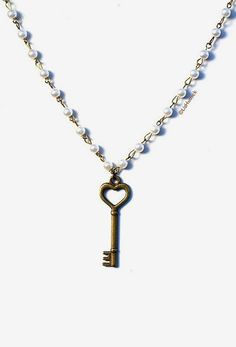 Skeleton Key Necklace with Vintage Faux Pearl