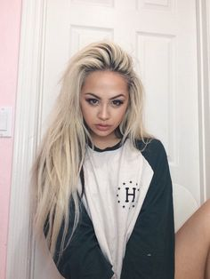 I want my hair to be like this: long and messy looking, but not lol