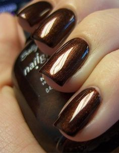 Love the chocolate brown on the nails.
