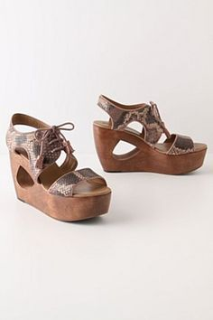 NIB Anthropologie Naja Cutout Leather Wedges By Schuler & Sons Size 6 Crazy Shoes, New Shoes, Me Too Shoes, Anthropologie Uk, Cute Wedges, Ballet, It Goes On, Uk Fashion, Classy And Fabulous