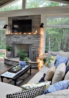 Summer Porch Tour - The Endearing Home - Home Decoration - Interior Design Ideas Living Room With Fireplace, Home Living Room, Living Spaces, Living Room Windows, Kitchen Living, Style At Home, Deco Cool, Summer Porch, House Goals