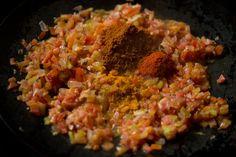 Masala Pav Recipe with stepwise pics. Masala Pav is basically pav stuffed with a spiced buttery onion, tomatoes and capsicum filling. Pav Recipe, Mumbai Street Food, Pav Bhaji, Masala Recipe, Spicy, Recipes, Recipies, Recipe