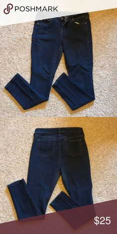 c4aac9d2c54 Torrid Dark Wash Skinny Super comfy and stretchy dark wash skinnies. EUC.  Regular inseam