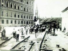Práce na koľajisku pred štátnou nemocnicou, v pozadí Blumentálsky kostol