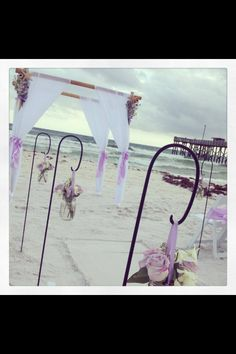 Someday I want to renew my wedding Vows on the beach!! Love This!