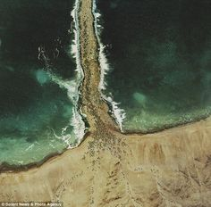 'God's eye view': Artist uses Google Earth images to recreate parting of Red Sea and Christ's crucifixion    Read more: http://www.dailymail.co.uk/news/article-1295301/Gods-eye-view-Artist-uses-Google-Earth-images-recreate-parting-Red-Sea-Christs-crucifixion.html#ixzz1sNslbfbs