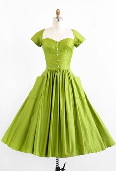 vintage late 1940s or early 1950s green polished cotton New Look party dress | 1950s rockabilly dresses | www.rococovintage.com