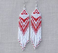 Items similar to Native American Earrings Inspired. Beaded Jewelry on Etsy Beaded Earrings Native, Beaded Earrings Patterns, Seed Bead Patterns, Native Beadwork, Red Earrings, Beading Patterns, Bracelet Patterns, Seed Bead Jewelry, Seed Bead Earrings