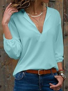 womens shirts and blouses Fall Outfits, Casual Outfits, Cute Outfits, Site Mode, Look Fashion, Fashion Outfits, Cream T Shirts, White V Necks, Latest Fashion For Women