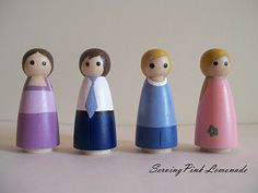 Pretend Play painting little wooden dolls for the travel house
