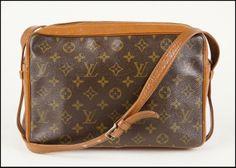 Louis Vuitton Signature Shoulder Bag  : Lot 133-9180 #louisvuitton #lv #couture