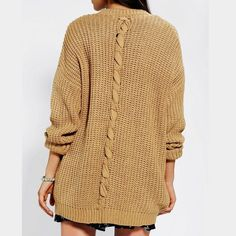 BDG Twist Back Shaker Cardigan Super cozy and comfy cardigan with twist design on the back. Kept me warm many times with minimal piling. Urban Outfitters Sweaters Cardigans