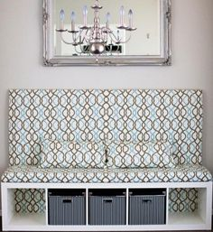 étagères-Ikea-Kallax-blanc-acrylique-intégrées-canapé