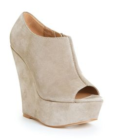 Winter wedges... But I want in black... Needed these a longggg time ago.