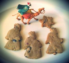 Biscotti natalizi ai mirtilli rossi e zenzero candito
