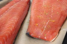 Hot Smoked Salmon - Fish come from the sky Smoked Salmon Recipes, Cooking A Roast, Roast Dinner, Fish And Meat, Easy Food To Make, Easy Meals, Food And Drink, Yummy Food, Hot