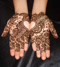 Hi friends, my beautiful heart shaped and other deisgns of latest henna mehandi collections for 2013 valentine's day celebration. Do you all like my mehandi designs collecitons? 2013 Lover's day special and latest henna mehndi designs for hands 2013 … Pakistani Mehndi Designs, Mehandi Designs, Latest Arabic Mehndi Designs, Simple Mehndi Designs, Mehndi Designs For Hands, Henna Tattoo Designs, Bridal Mehndi Designs, Bridal Henna, Latest Mehndi