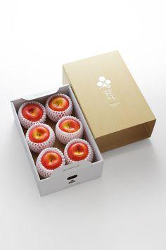 Ideas Fruit Packaging Box Gift Ideas For 2019 Healthy Fruit Tart Recipe, Fruit Juice Recipes, Fruit Smoothies, Apple Packaging, Tea Packaging, Vegetable Packaging, Vegetable Boxes, Apple Fruit, Fruit Fruit