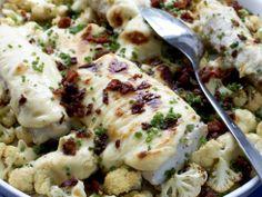 Cheddargratinert sei med bacon og blomkål   - En ny og spennende vri på hvit fisk!