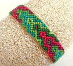 gradient friendship bracelet