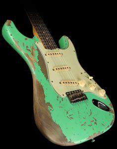 Fender Custom Shop Exclusive Masterbuilt '62 Stratocaster Ultimate Relic Electric Guitar Surf Green