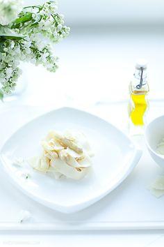 pasta with white asparagus & truffle oil