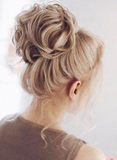 Featured Hairstyle: tonyastylist (Tonya Pushkareva) www.instagram.com/tonyastylist; Wedding hairstyle idea.